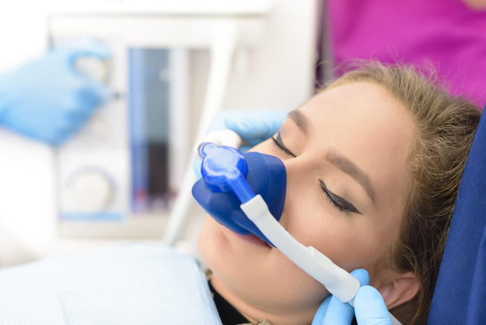Woman under inhalation sedation